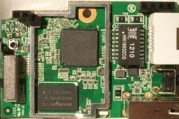 http://foto.a20.net/openwrt/600/20120916-D-Link-D-505-vA1E-PN-EIR505EEU-front.jpg